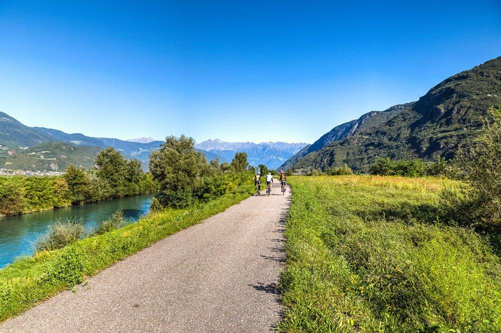 Radeln in Südtirol abseits des Etschtal-Radwegs